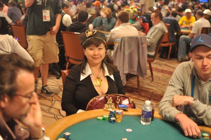 All Mucked Up: 2012 World Series of Poker Day 44 Live Blog 107