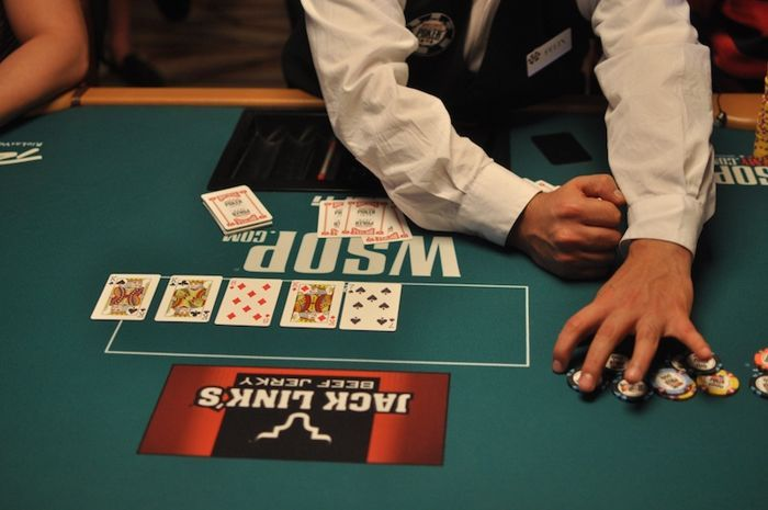 All Mucked Up: 2012 World Series of Poker Day 46 Live Blog 111