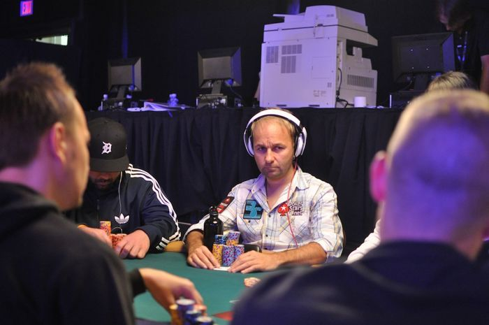 Negreanu in a staring contest