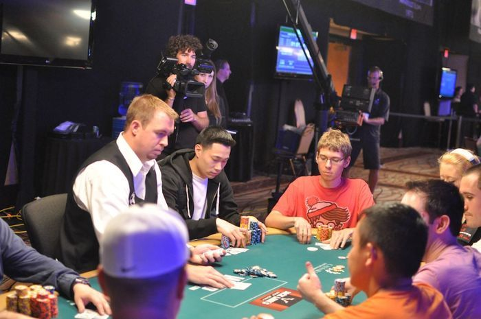 All Mucked Up: 2012 World Series of Poker Day 46 Live Blog 118