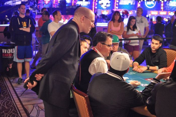 All Mucked Up: 2012 World Series of Poker Day 46 Live Blog 124