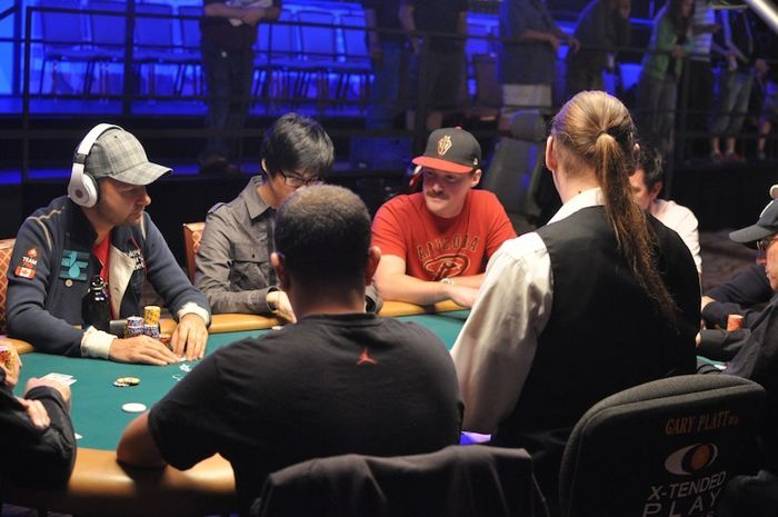 All Mucked Up: 2012 World Series of Poker Day 47 Live Blog 103