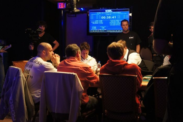 All Mucked Up: 2012 World Series of Poker Day 48 Live Blog 111