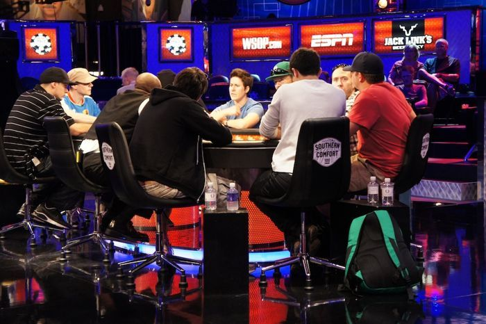 The ESPN Main Feature Table for Sunday