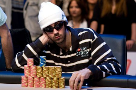 All Mucked Up: 2012 World Series of Poker Day 50 Live Blog 106