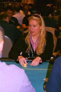 "Online Chat: Katie ""katie75013"" Stone Talks Relocation and Full Tilt Poker 101"