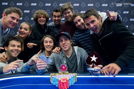 The Nightly Turbo: Maria Ho's New Job, Viktor Blom Defeats Tom Dwan for 0K, and More 102