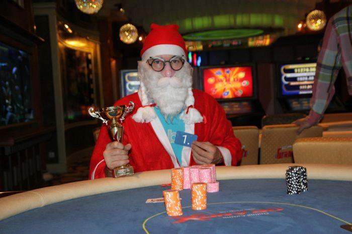 Tähenduslik võit: aasta viimase PokerNews Live'i võitis Jõuluvana. Olgugi, et maski taga varjab end nimekas pokkerihai Marek Kolk
