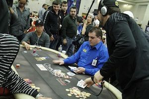 Phil Hellmuth discovers the bad news against Peter Nguyen (photo courtesy of the WPT blog)