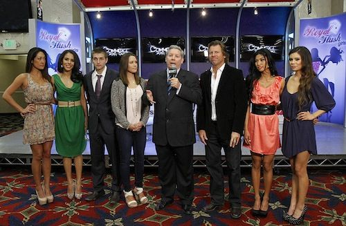 Mike Sexton with Vince Van Patten, Kimberly Lansing, Tony Dunst, and Royal Flush Girls Jeannie Duffy, Brittany Bell, Ivy Teves, and Danielle Ruiz (photo courtesy of the WPT blog)