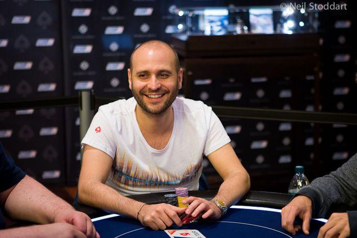 WSOP belaukiant; Geriausi pokerio žaidėjai vis dar nelaimėję apyrankės 102