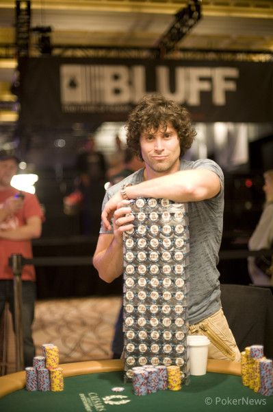 Despite his Macho Stack, Scott Clements was eliminated in 68th Place ($14,643)