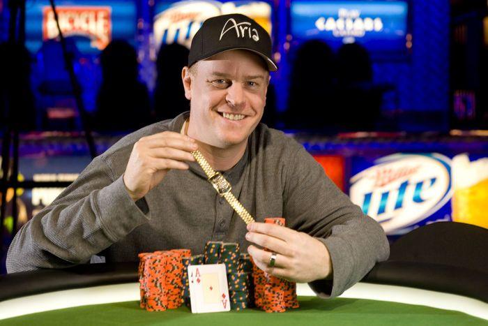 Mantas Visockis pasiekė apmokamas vietas WSOP Shootout turnyre; Daugiau naujienų iš WSOP 101