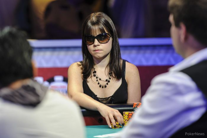 Obrestad at the feature table on Day 4