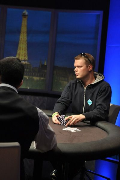 Helppi commits his chips on the final hand
