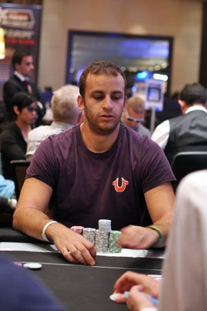 Mizzi leads after Day 1 of the WSOPE