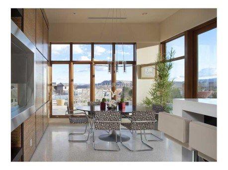 Howardas Ledereris parduoda svajonių namus Las Vegase už 9 milijonus dolerių (Foto) 104