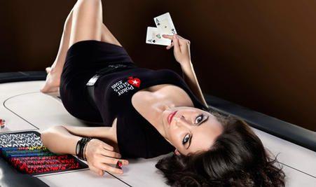10 gražiausių merginų iš pokerio pasaulio 103