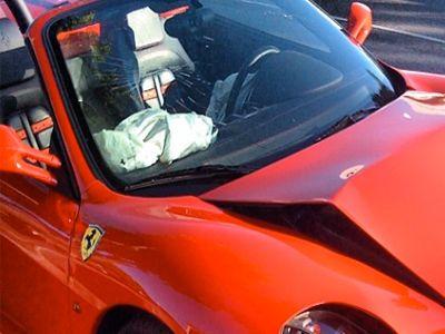 El Ferrari destrozado