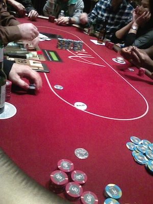 Casino Poker for Beginners: Playing Your First Round 101