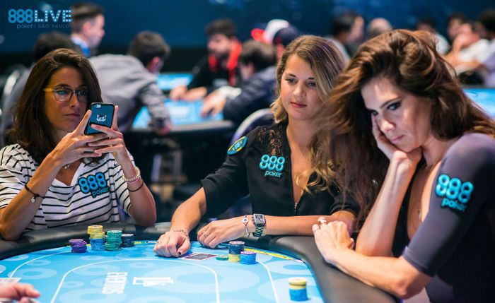 Tricky Spot with Top Pair for Leo Margets at 888Live Poker Festival 102
