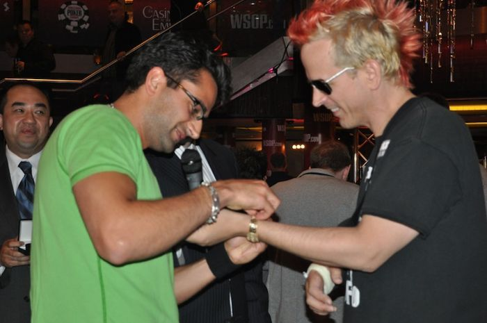 Antonio Esfandiari and Phil Laak