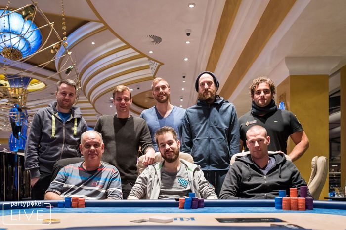 €25,000 High Roller Final Table