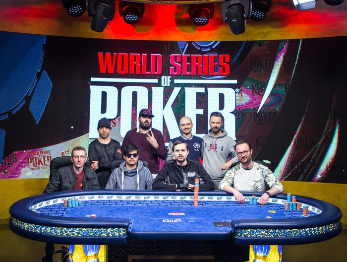 Official Final Table Group Picture