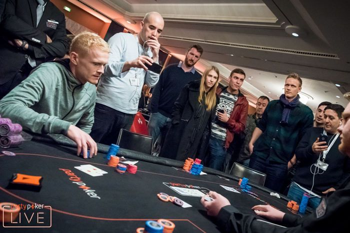 Patrik Korsar Bubbles the €10,300 Main Event