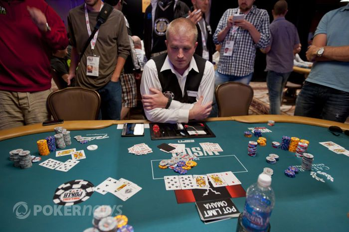 Three Great Live Reported Hands: Pepper Spray at the WSOP 101