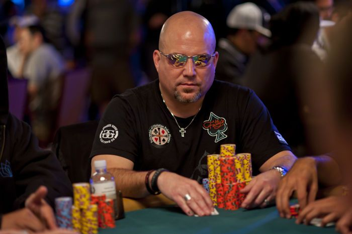 Three Great Live Reported Hands: Pepper Spray at the WSOP 102