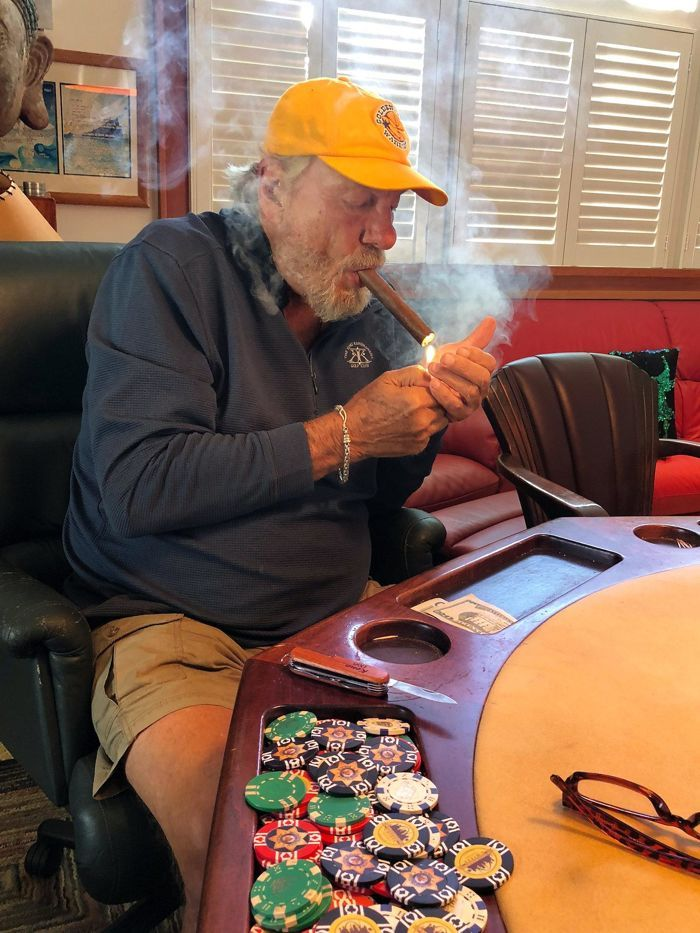 Retraite : Ancien coach NBA, Don Nelson s'amuse au poker 101