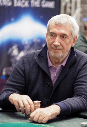 Actorul Mihai Bobonete flirteaza cu pokerul online si incepe sa aiba succes 101