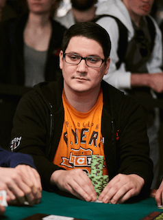 Flatting With Aces: Ryan Leng Reviews Key Hand From Bracelet-Winning Run 101