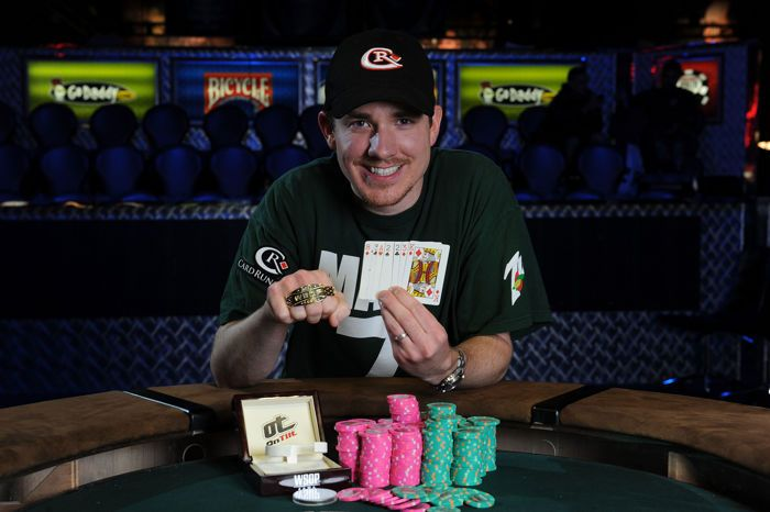 Eric Rodawig won the $10,000 Seven Card Stud Hi-Low Split-8 or Better Championship for $442,183 at the 2011 WSOP