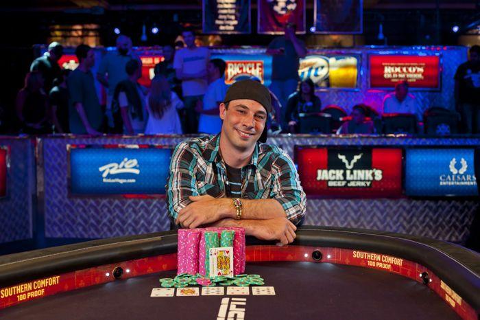 Pemenang Gelang Kejuaraan Nasional WSOP 2012 Ryan Eriquezzo