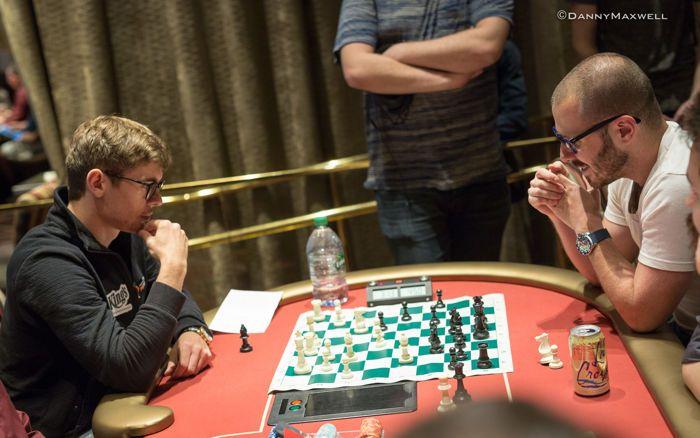 Fedor Holz - Dan Smith play chess