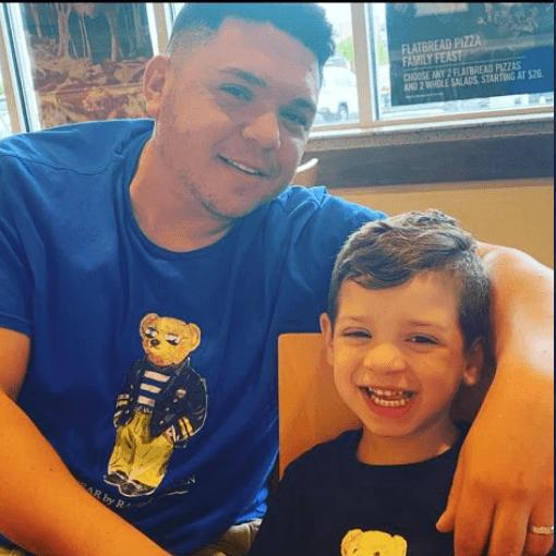 Robert Aronowitz dengan putranya.