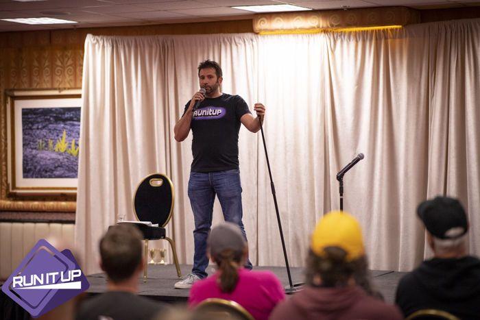 Joe Stapleton di Comedy Night