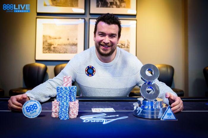 Chris Moorman Memenangkan High Roller £2,200