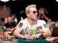 WSOP 2011 - De eerste dag van het .000 Players Championship 103