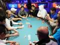 2012 WSOP: Další den v obrazech 103