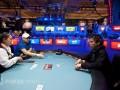 2012 WSOP: Další den v obrazech 104