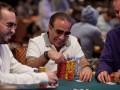 2012 WSOP: Další den v obrazech 107