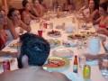 Život Dana Bilzerana: Nahé dívky, exotická zvířata, kokain, zbraně a poker 119