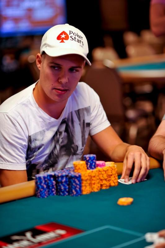 Noah Boeken wordt 7e in het #2.500 Mixed Hold'Em event ($40.284)