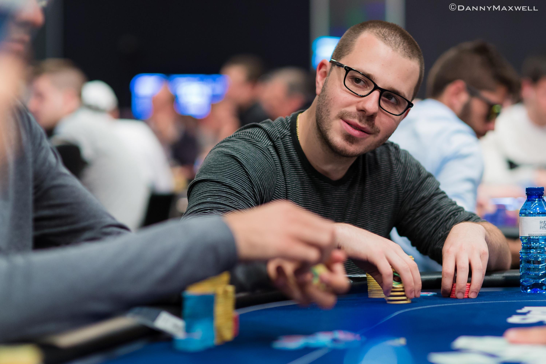 Dan lu poker player