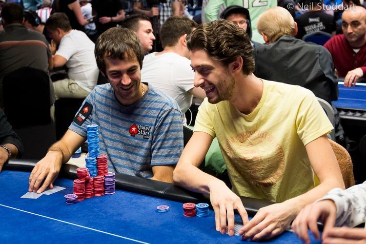 Poker Tells: A General Theory About Attention-Grabbing Behaviors, Part 2