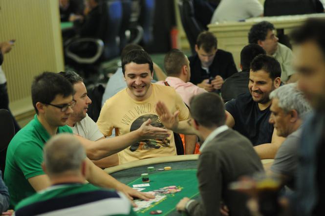 ptr poker