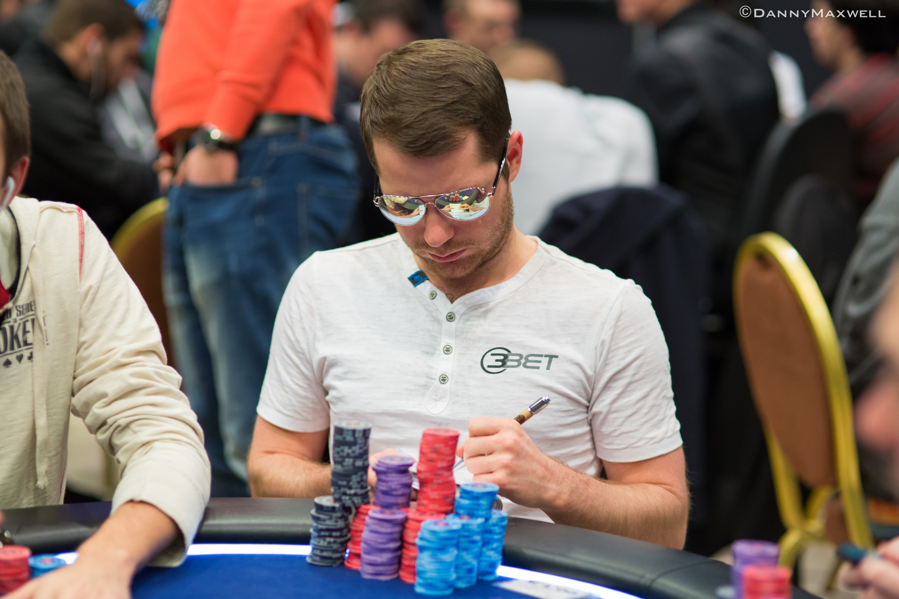 Know Your Foe: Poker Knowledge Is Power